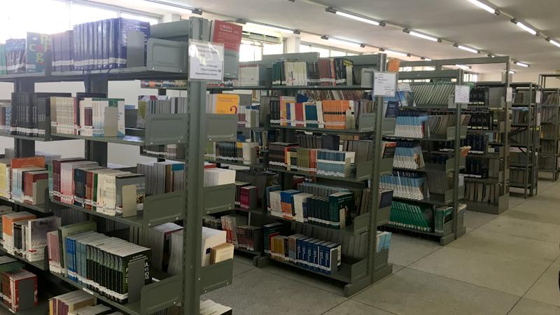 Biblioteca Setorial Tereza Brasileiro - CCBS - Campus de Campina Grande
